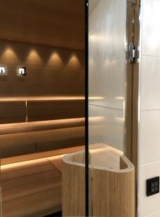 Cariiitti Taive_sauna JVG Laseja lasioseinä ja ovi