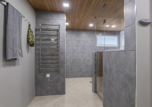 Kylpyhuone sauna lasiseinä Espoo JVG Laseja Oy Referenssi 2